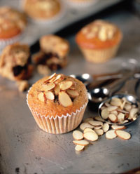 Red fruit almond muffins