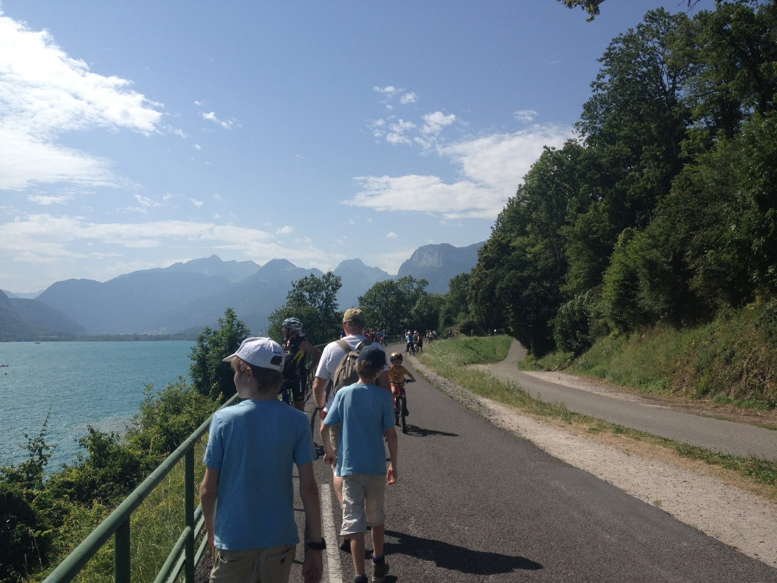 Family Hike Lake Annecy