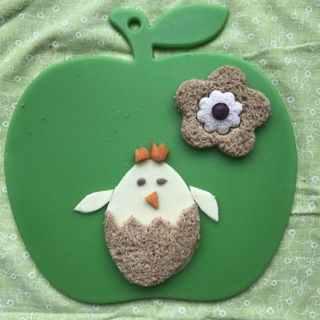 Easter chick sandwich Lunchbox World