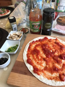 mid-week meals with Dolmio DIY pizza ingredients Lunchbox World